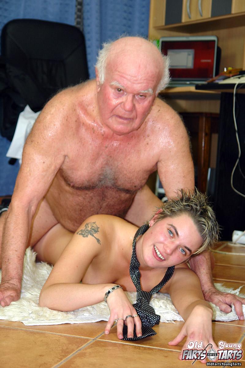 Frau mit penis porn
