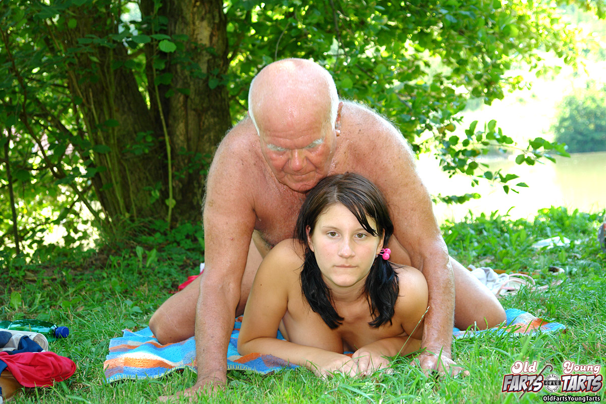 Nude old young sex pictures