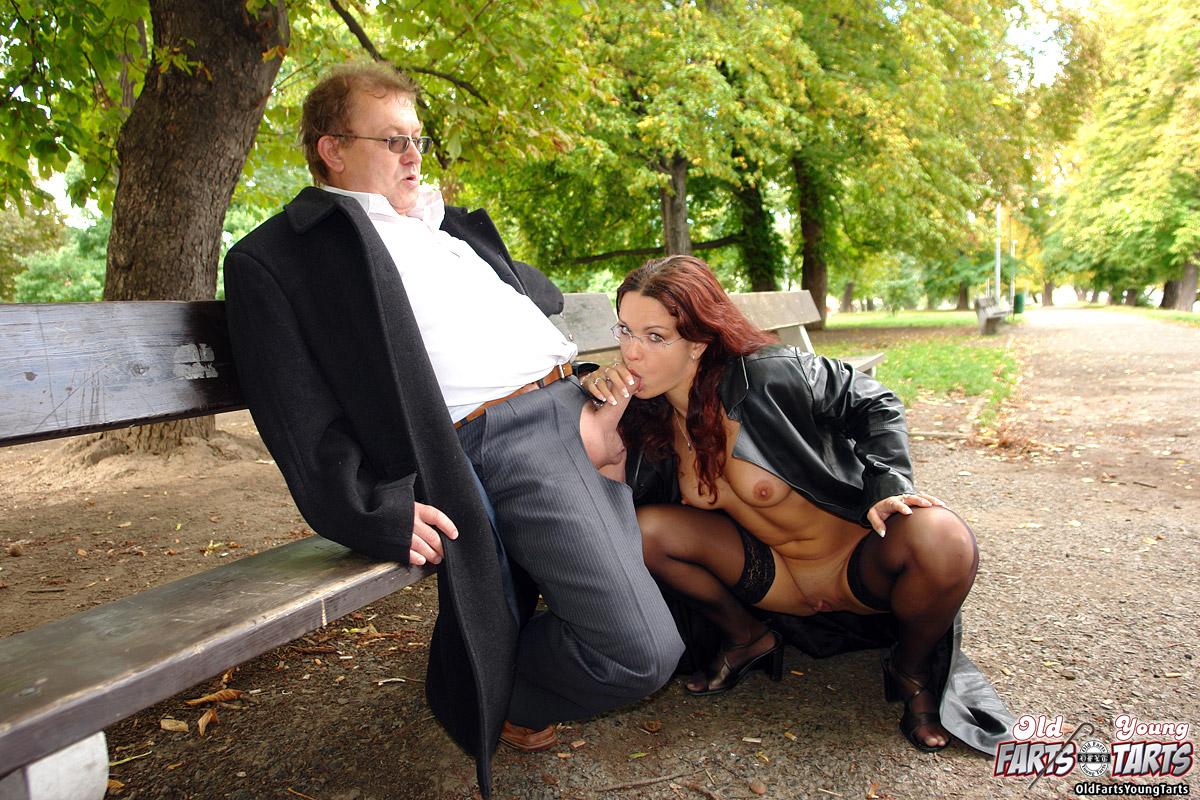 Секс познакомился улице, знакомство на улице: порно видео онлайн, смотреть 18 фотография