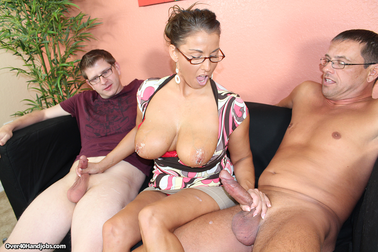 Horny elisabeth sucking and fucking and riding her hubby - 1 4