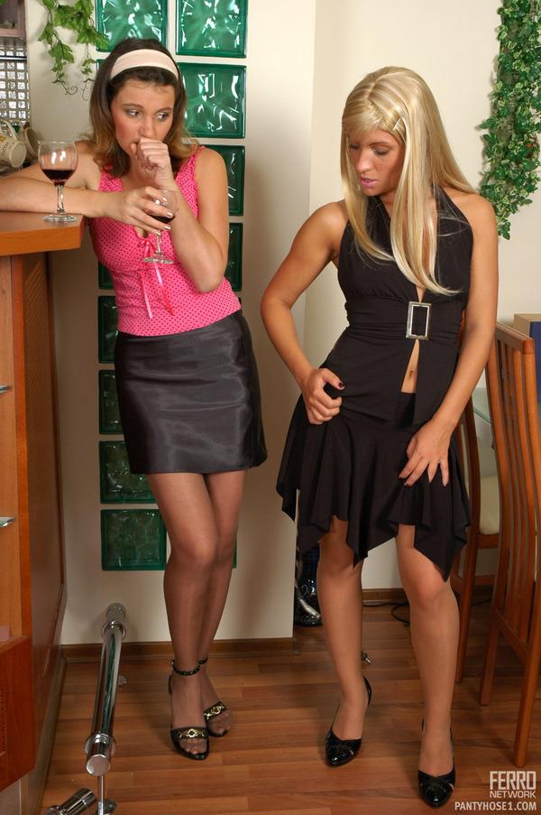 Annabel sheila lesbian pantyhose video pantyhose1