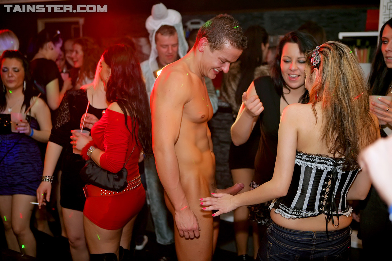Hardcore nude stripper