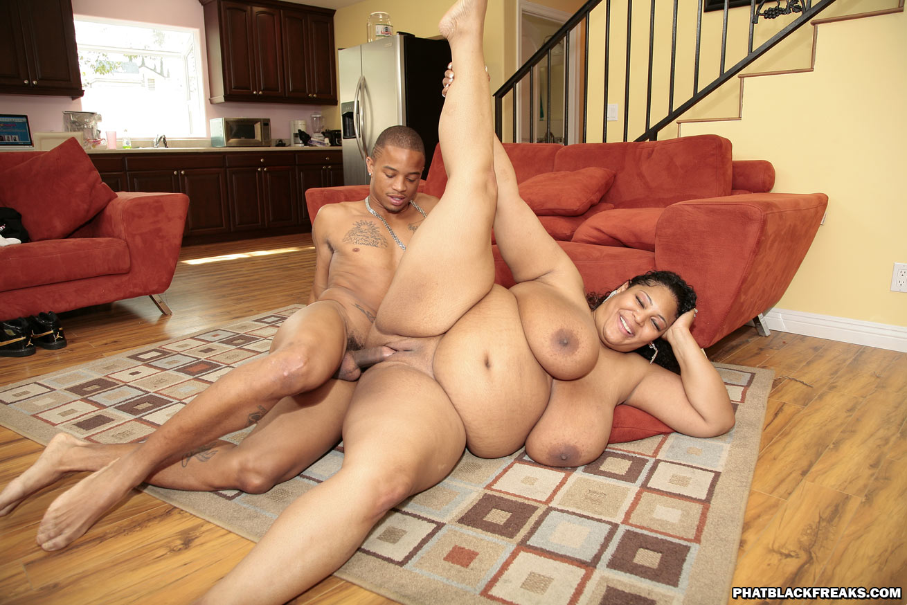 A boy sucking his own dick