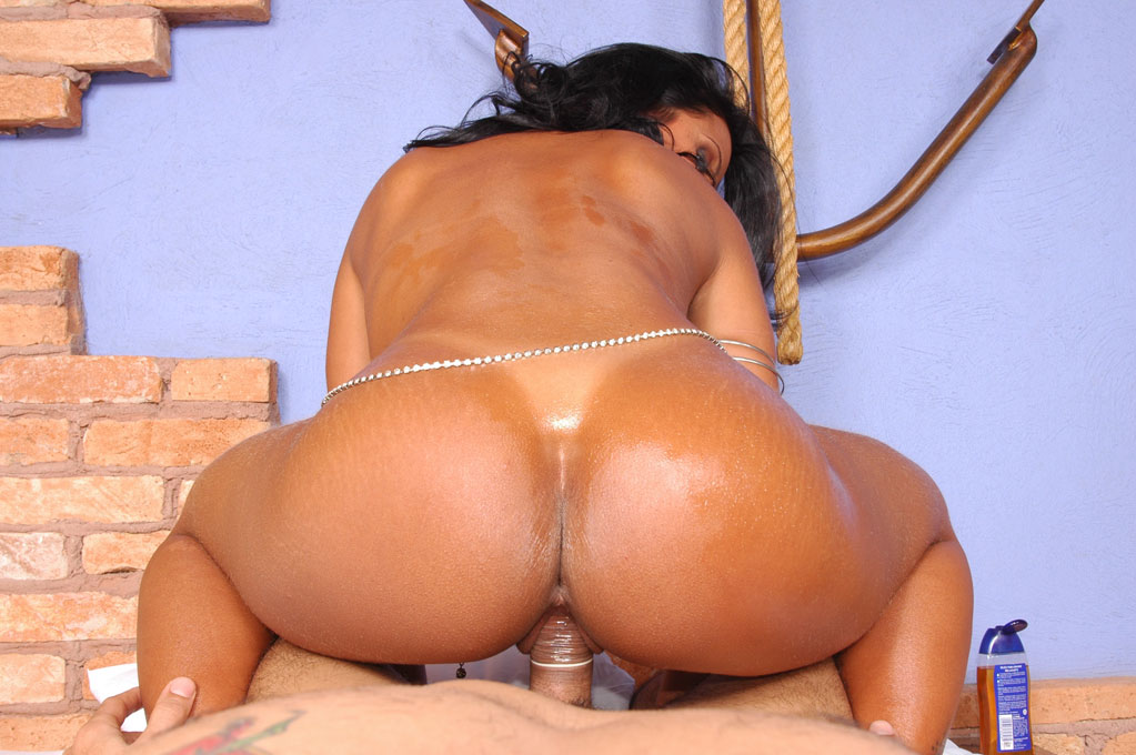 Latina Big Booty Squirt