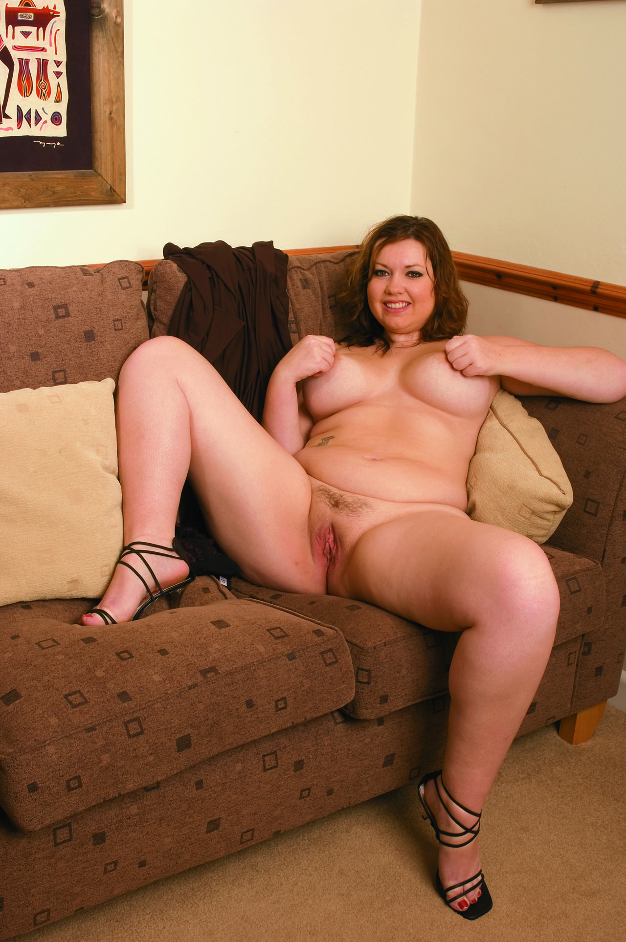 Nude mature moms spread there legs