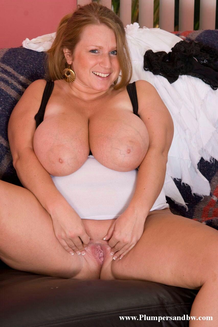 Fat bbw redhead showing her big boobs on cam2 9