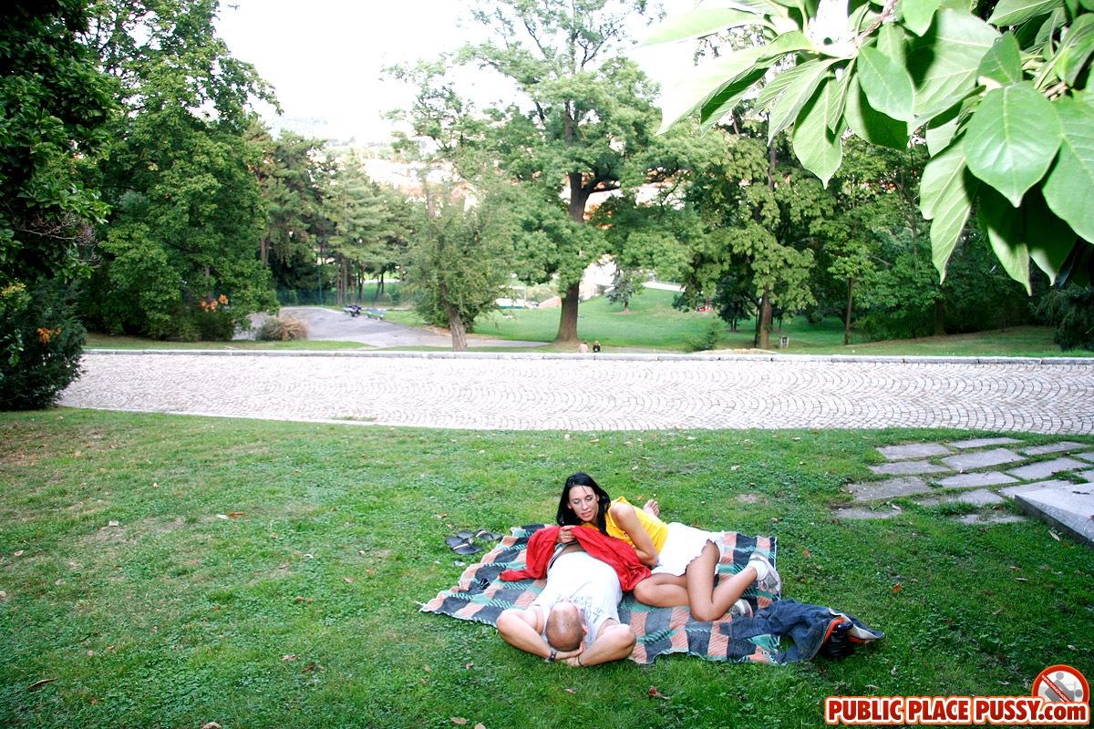 holland sex in public parks images