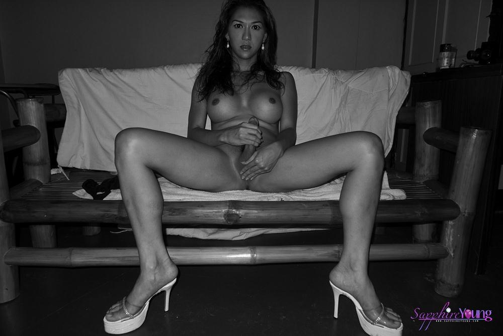 Gloria naked picture velez