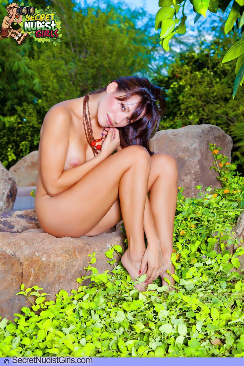 nudist fruit