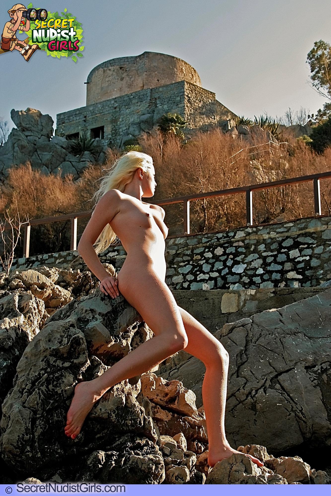 Nude girls tour castle know