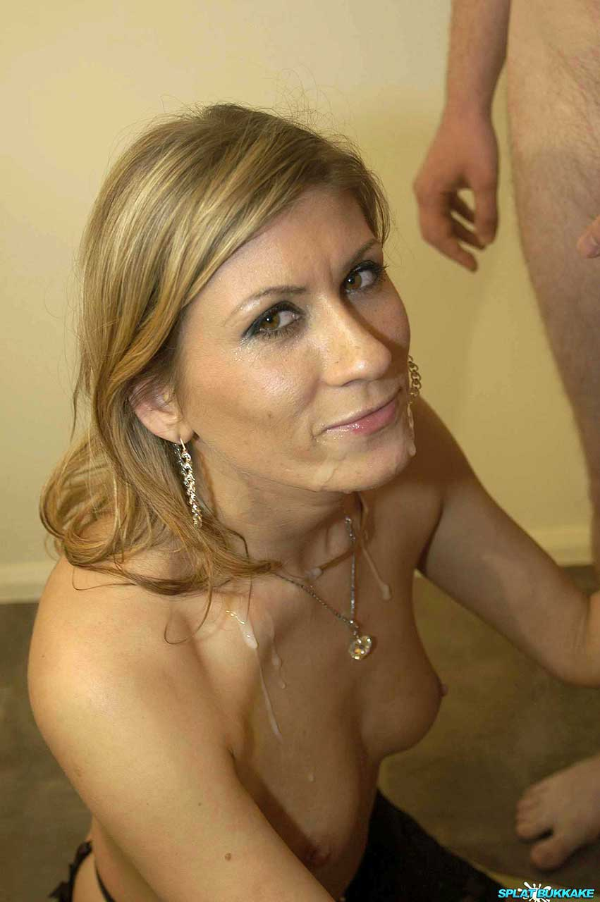 mature riding cock squirting