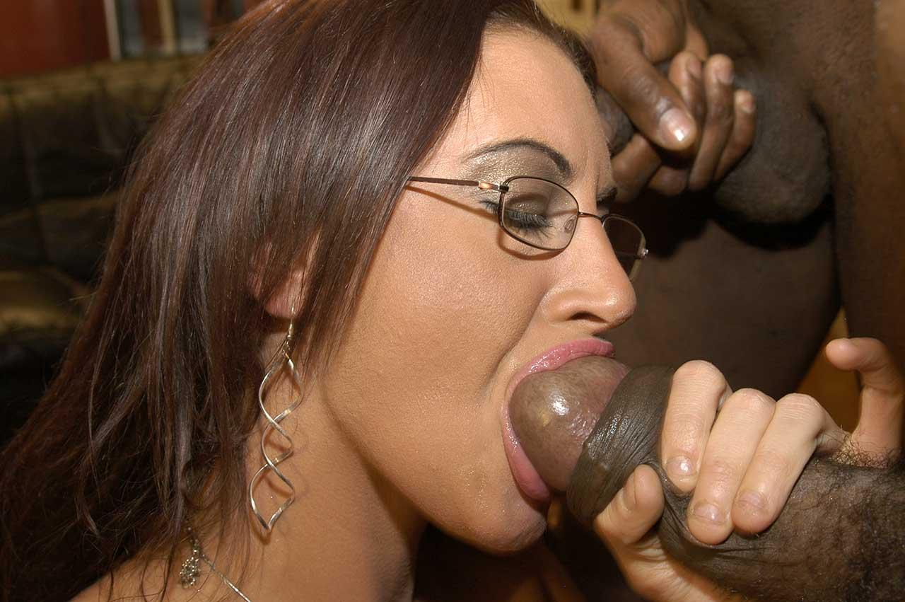 Shemale Big Dick Cumshot
