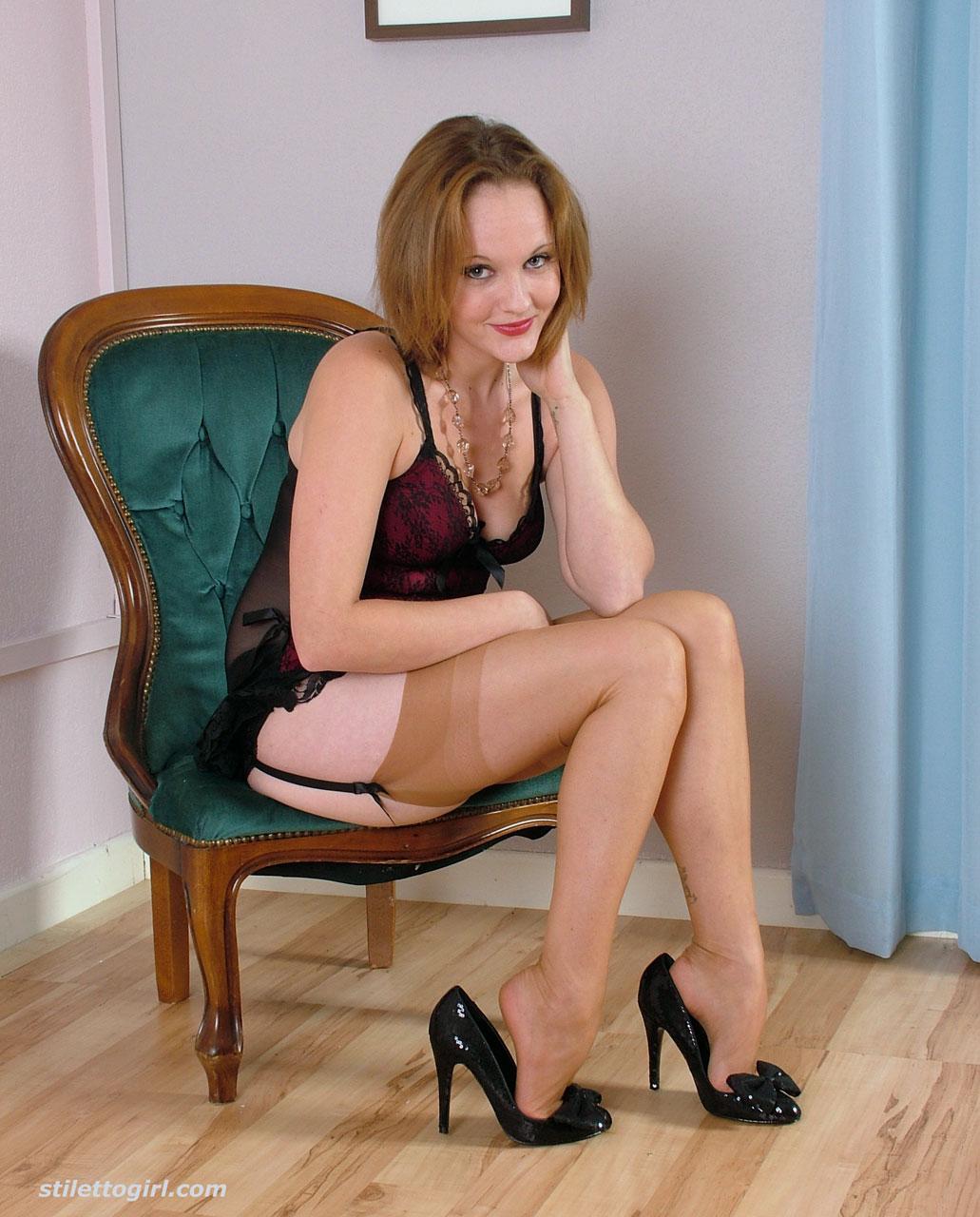 Large nude women videos-8453