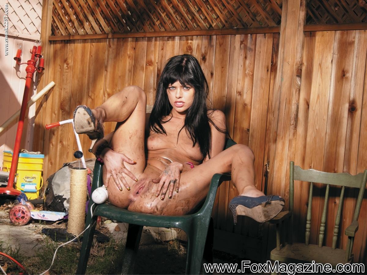 Фото грязные шлюшки, Грязные шлюшки с большими голыми попками 15 фотография