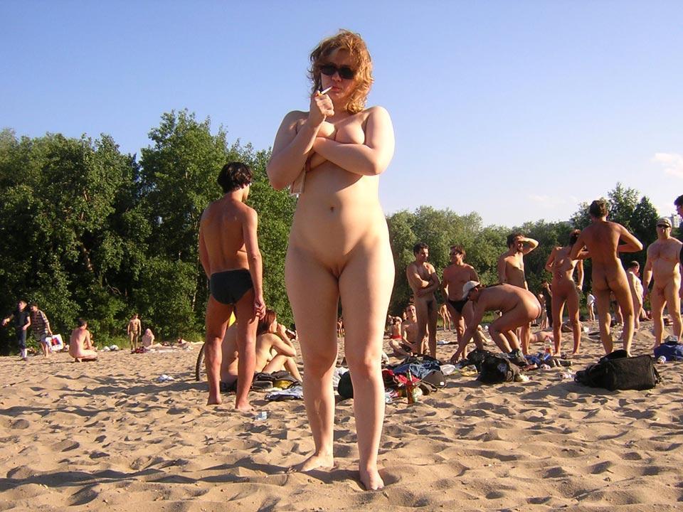 фото пляж кабинки женщина волосатая голая