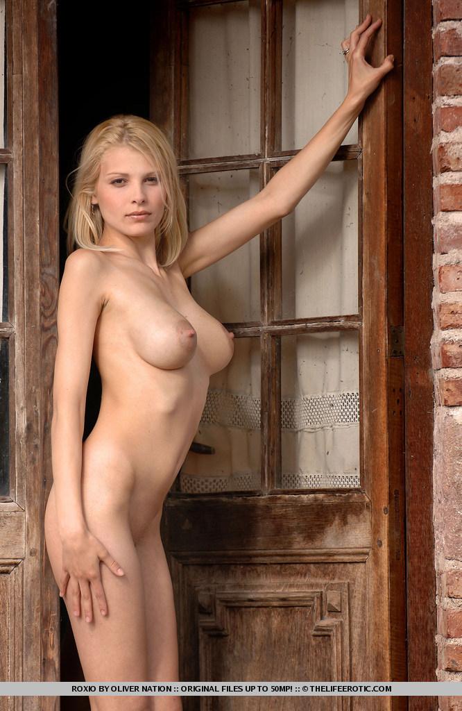 Multi.xnxx.com. FREE Erotica Porn Pictures.