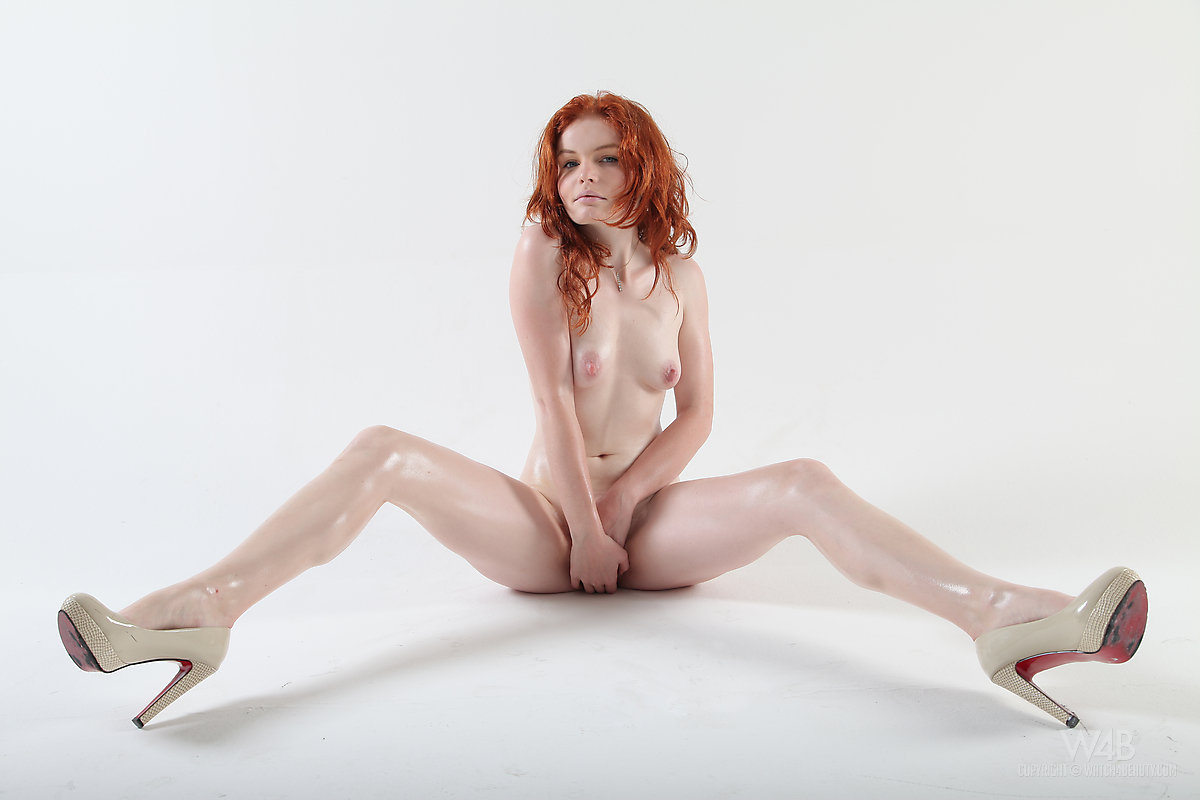 Nudeandhairy Barbara Babeurre Baily Redhead Headed Xxx Porn Pics