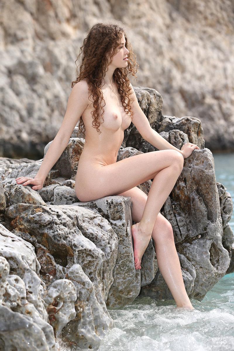 Amatuer pregnant nude