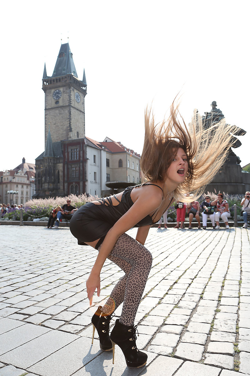 street girl nude