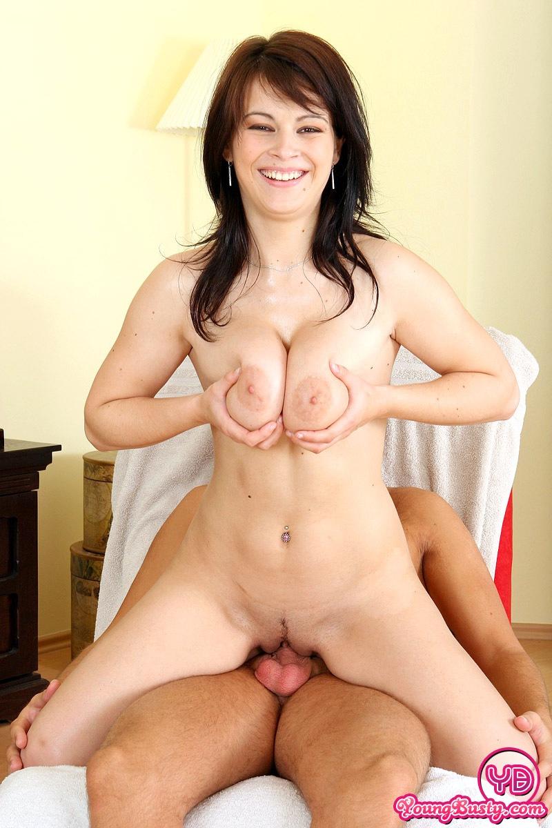 Big natural boobs cumming