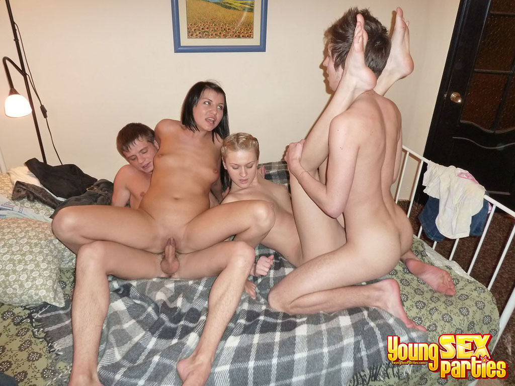 to have a 4some