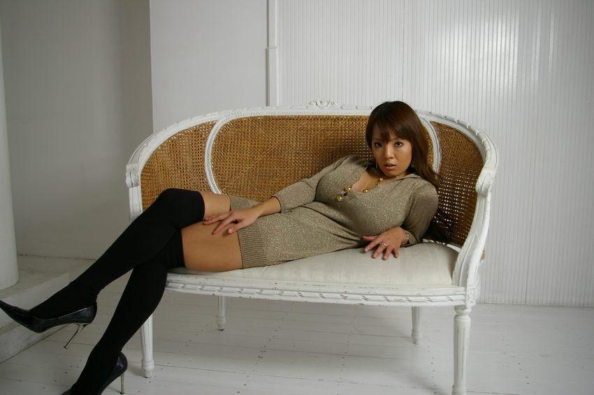 hitomi tanaka naughty pic