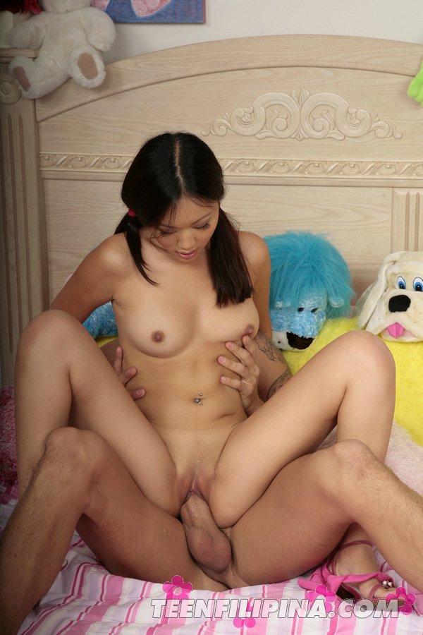 Молодые азиатки в запретном порно