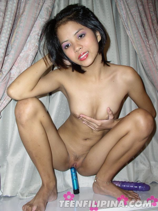 A tiny asian girl who loves anal yh 1