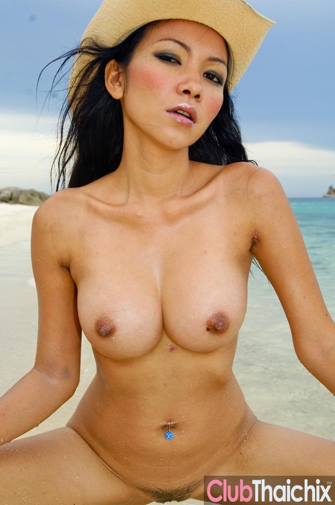 Nude thai babe