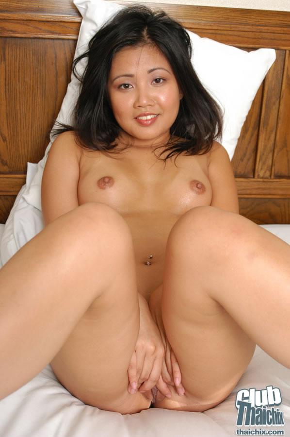 naked pics of lisa kudrow