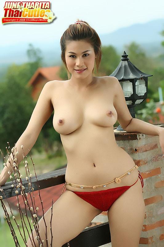 hips nude Thai
