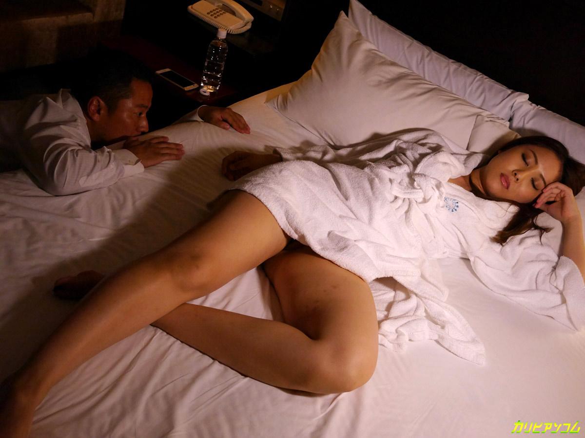 Секс с японкой спящей 7 фотография