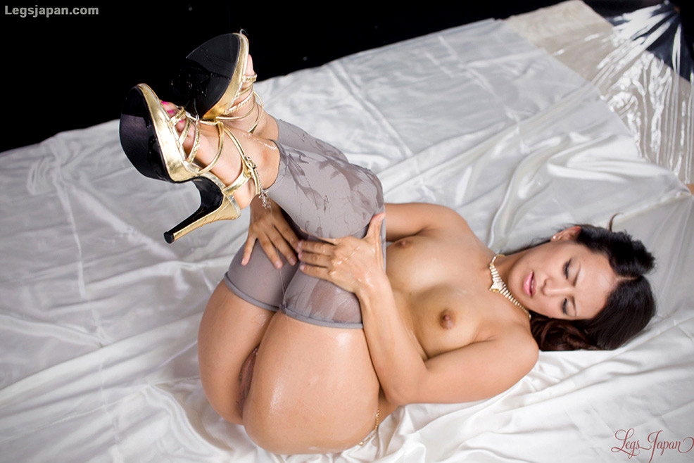 Aiko nagai with big assets sucks boner until gets cum in mou - 2 part 5