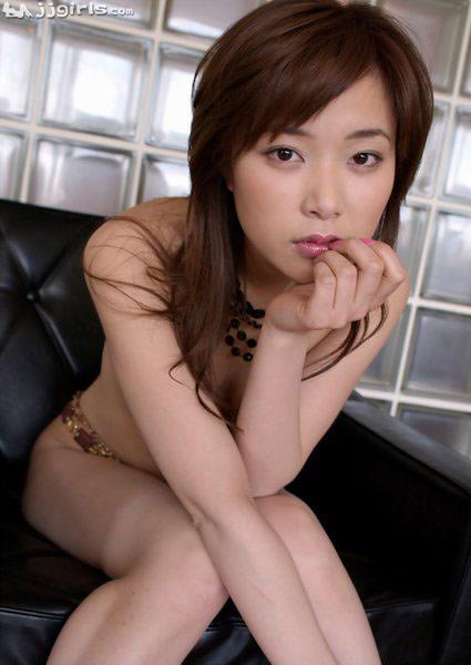 Busty natural woman